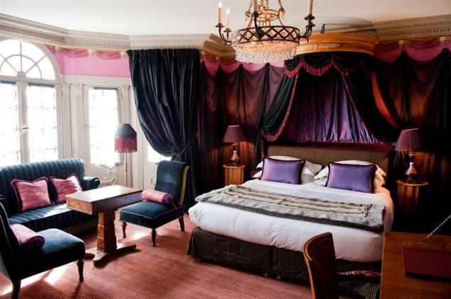 L'Hôtel, Paris, suite où logea Oscar Wilde