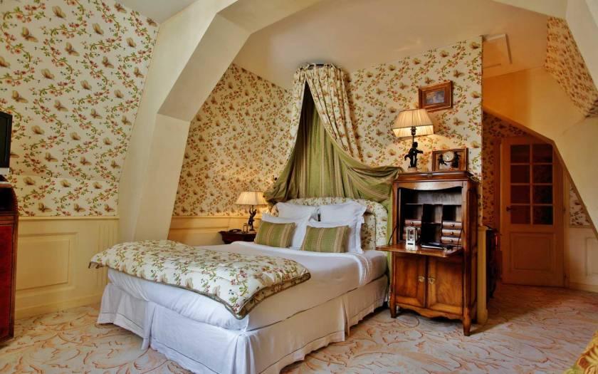 Chateau de Mirambeau1